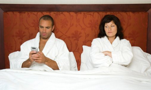 Quality bluetooth hands surveillance sur smartphone